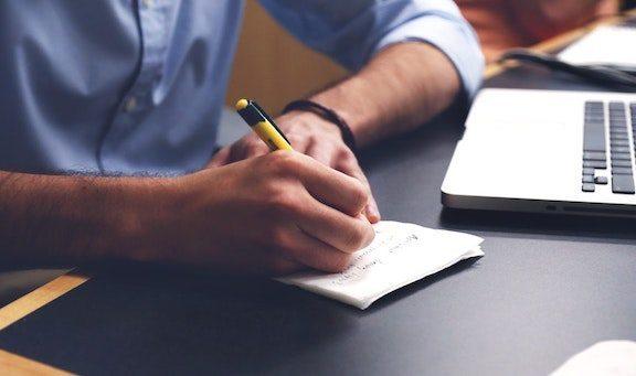 cách viết review sách kiếm tiền mới nhất 2020